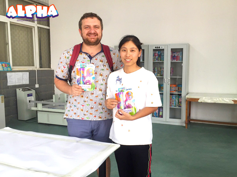 Russian customer-best science kits for kids